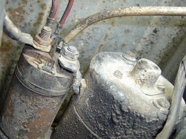 starter16 www craigsteffen net replacing the starter on my volkswagen 1971 super beetle vw starter wiring at reclaimingppi.co